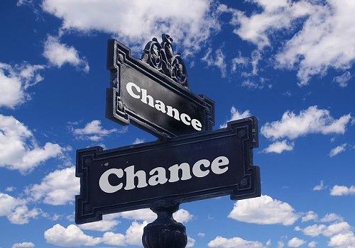 s chance 2692435 640 - 不況の今こそ起業のチャンス!小さな複業からスタートしてみない?