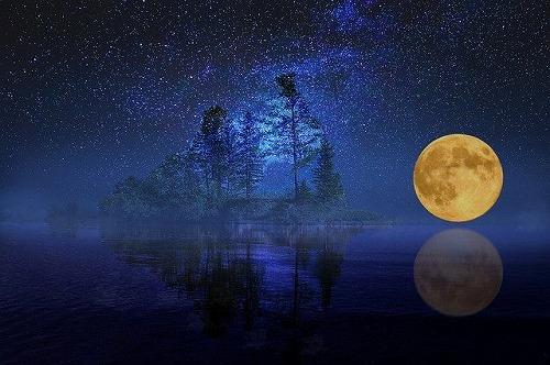 s full moon 2698762 640 - 満月の名前は月ごとに違う!満月の日は金運が上がるって本当なの?